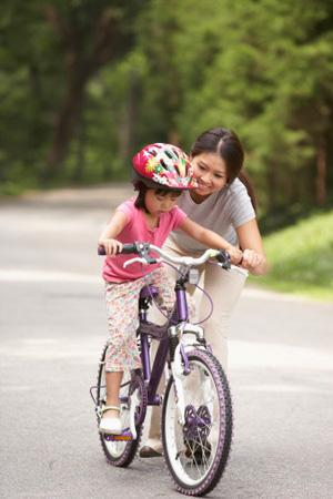 4 Bí quyết dạy trẻ đi xe đạp không phải cha mẹ nào cũng biết 4