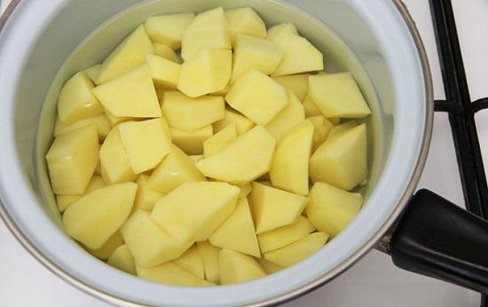3 Cách làm đẹp bằng mặt nạ khoai tây vô cùng đơn giản và hiệu quả 2
