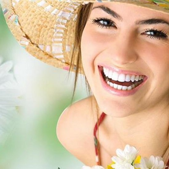 Làm trắng răng có nguy hiểm không? 1
