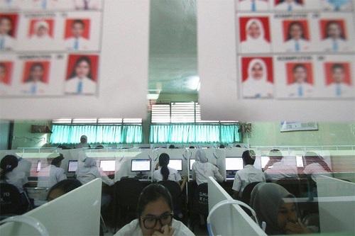 Indonesia cấm tổ chức kỳ thi quốc gia các cấp 1