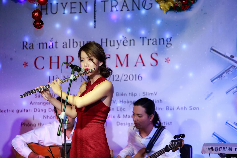 Nghệ sĩ xinh đẹp Huyền Trang ra album sáo đầu tiên trên thị trường nhạc Việt 5
