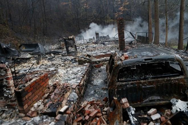 Mỹ: Cháy rừng khiến hàng chục người thương vong 2