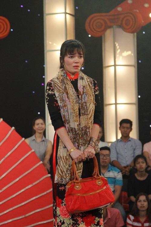 Quát thẳng mặt Trấn Thành, cô gái miền Tây giành 100 triệu từ Thách thức danh hài 3