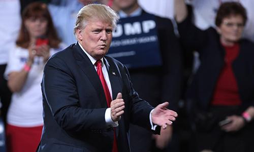 Nhóm của Trump nói kiểm lại phiếu là 'vô luật lệ và xúc phạm' 1