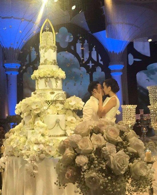 Toàn cảnh đám cưới xa hoa bậc nhất Hà Thành của MC Mai Ngọc 4