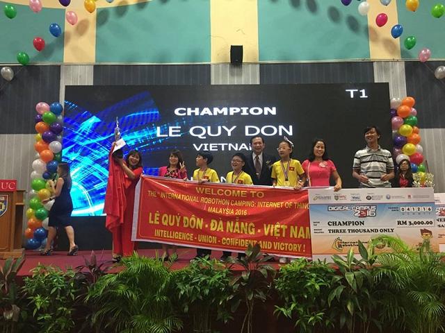 Học sinh Đà Nẵng giành giải vô địch Robothon quốc tế 1