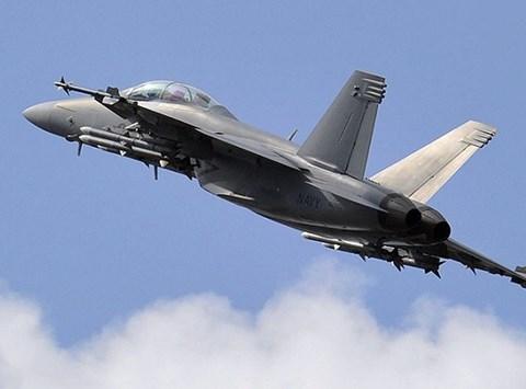 Chiến đấu cơ Mỹ rơi ở Nhật Bản, phi công thoát chết 1
