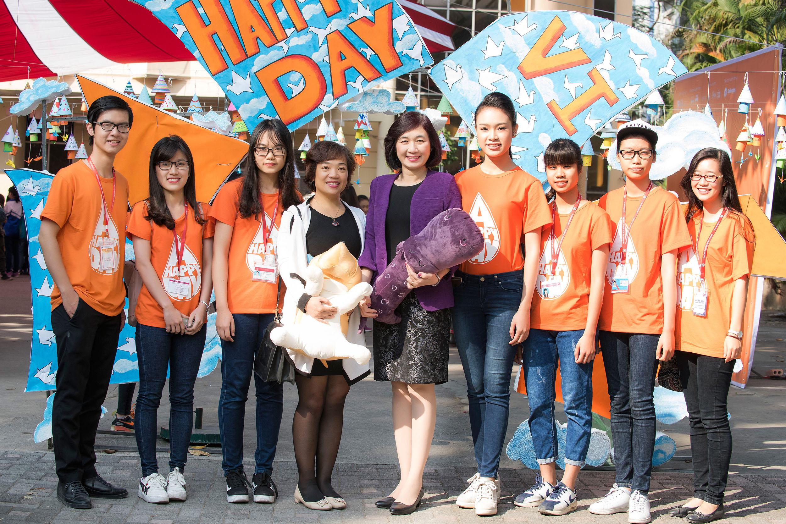 Người đẹp học giỏi của Hoa hậu Việt Nam làm đại sứ ngày hội hiến máu 5