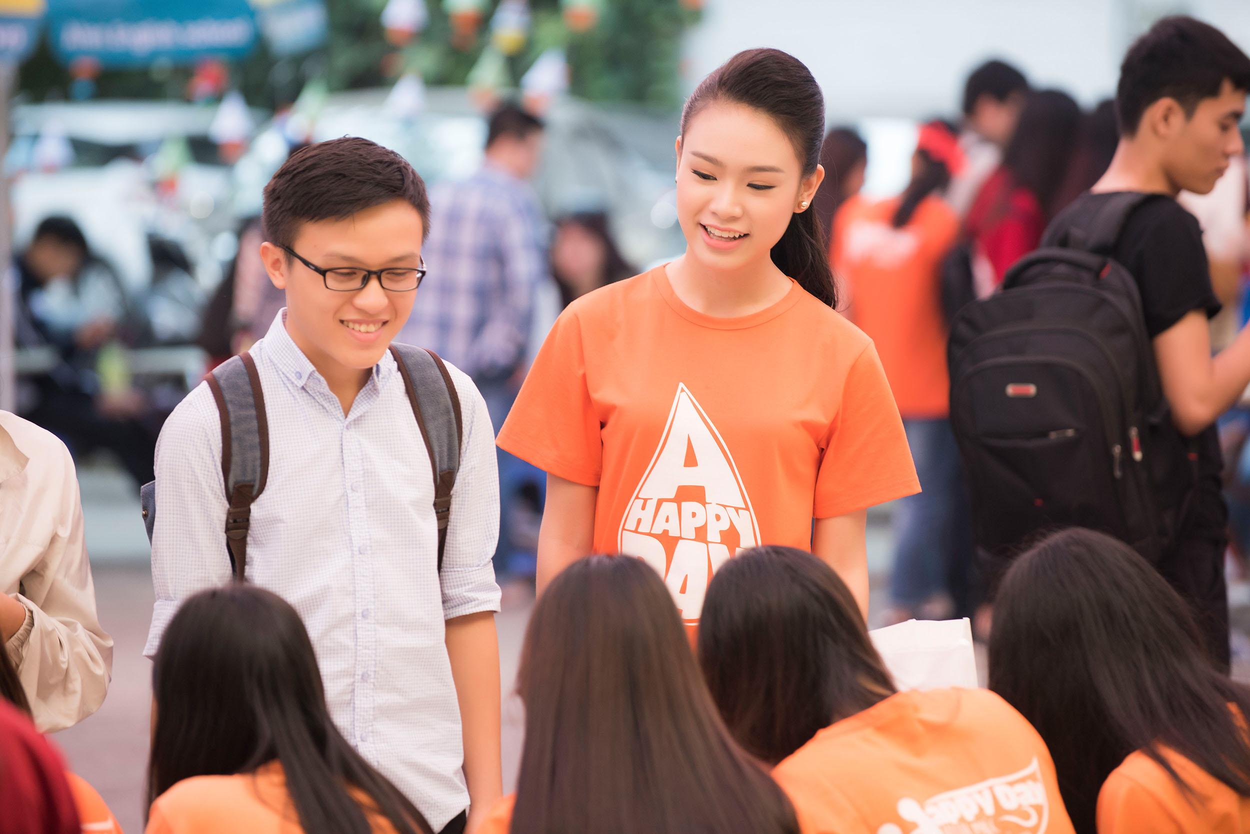 Người đẹp học giỏi của Hoa hậu Việt Nam làm đại sứ ngày hội hiến máu 7
