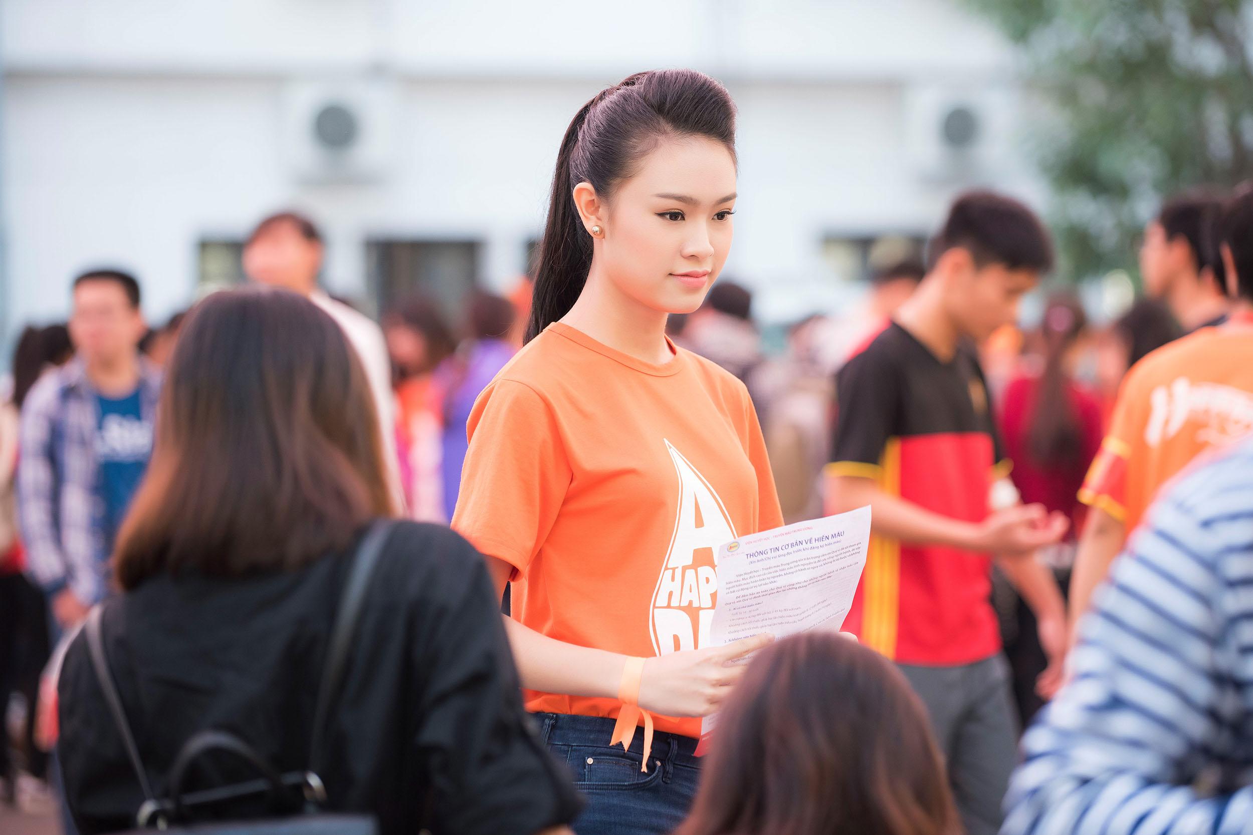 Người đẹp học giỏi của Hoa hậu Việt Nam làm đại sứ ngày hội hiến máu 10