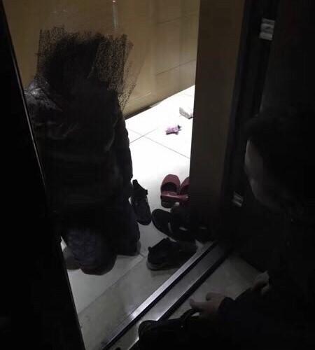 Chồng cứu bồ nhí người mẫu bỏ mặc vợ nhảy lầu tự tử tầng 28 2