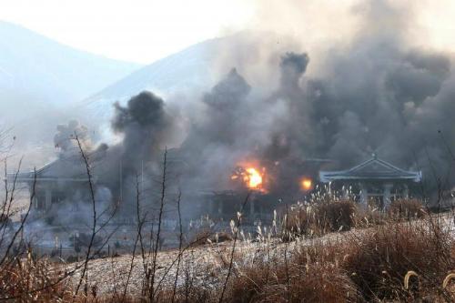 Kim Jong-un chỉ đạo tập trận đặc biệt phá hủy dinh tổng thống Hàn Quốc 1