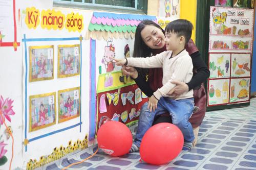 Giáo dục - 20 câu cha mẹ nên hỏi khi đi con tan trường