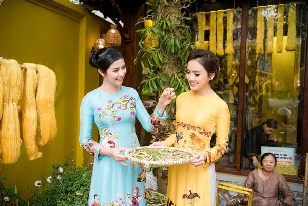 Ngọc Hân, Tố Như sang trọng, quý phái khi diện áo dài truyền thống 9