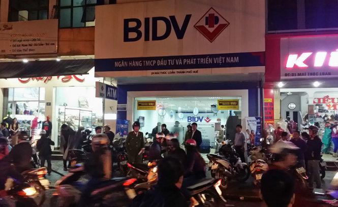 Tin lộ rõ hình ảnh tên cướp ngân hàng BIDV ở Huế là không chính xác 3
