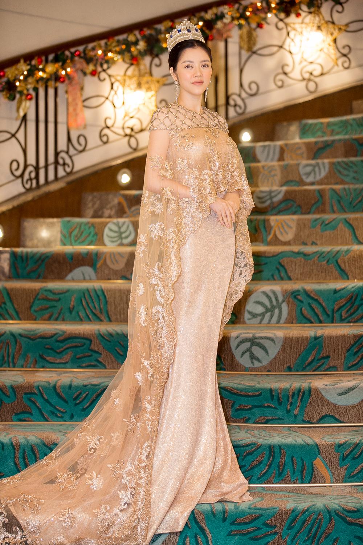 Toàn cảnh lễ sắc phong công chúa châu Á bộ tộc Mindanao của Lý Nhã Kỳ 13