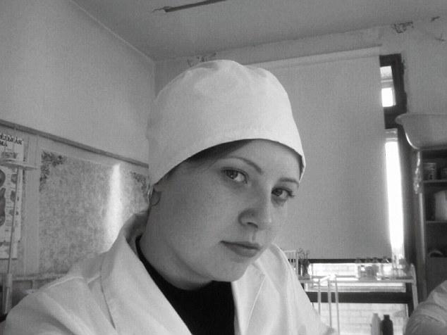 Nữ công nhân tử vong vì ngã vào thùng socola 1