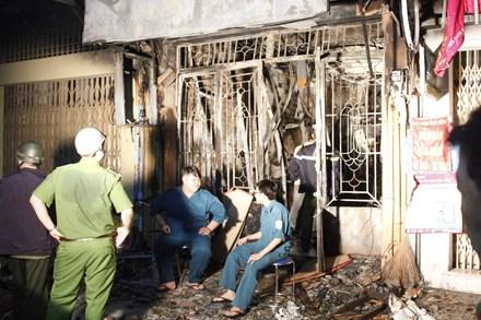 Hiện trường vụ cháy nhà kinh hoàng ở Sài Gòn, 6 người chết 7