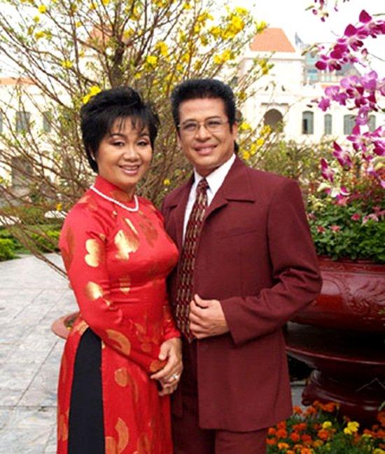 Vợ cũ MC Thanh Bạch công khai quá khứ gây sốc của chồng 1