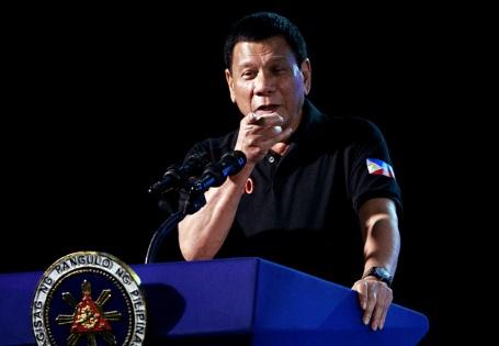 Mỹ bất ngờ cắt viện trợ, Philippines