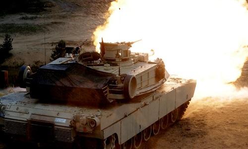 Mỹ ồ ạt đưa hàng nghìn xe tăng đến châu Âu răn đe Nga 1