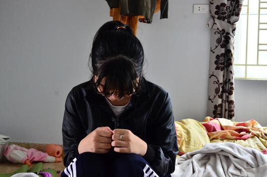 Hà Nội: Thầy giáo bị tố dụ dỗ, ép nữ sinh lớp 11