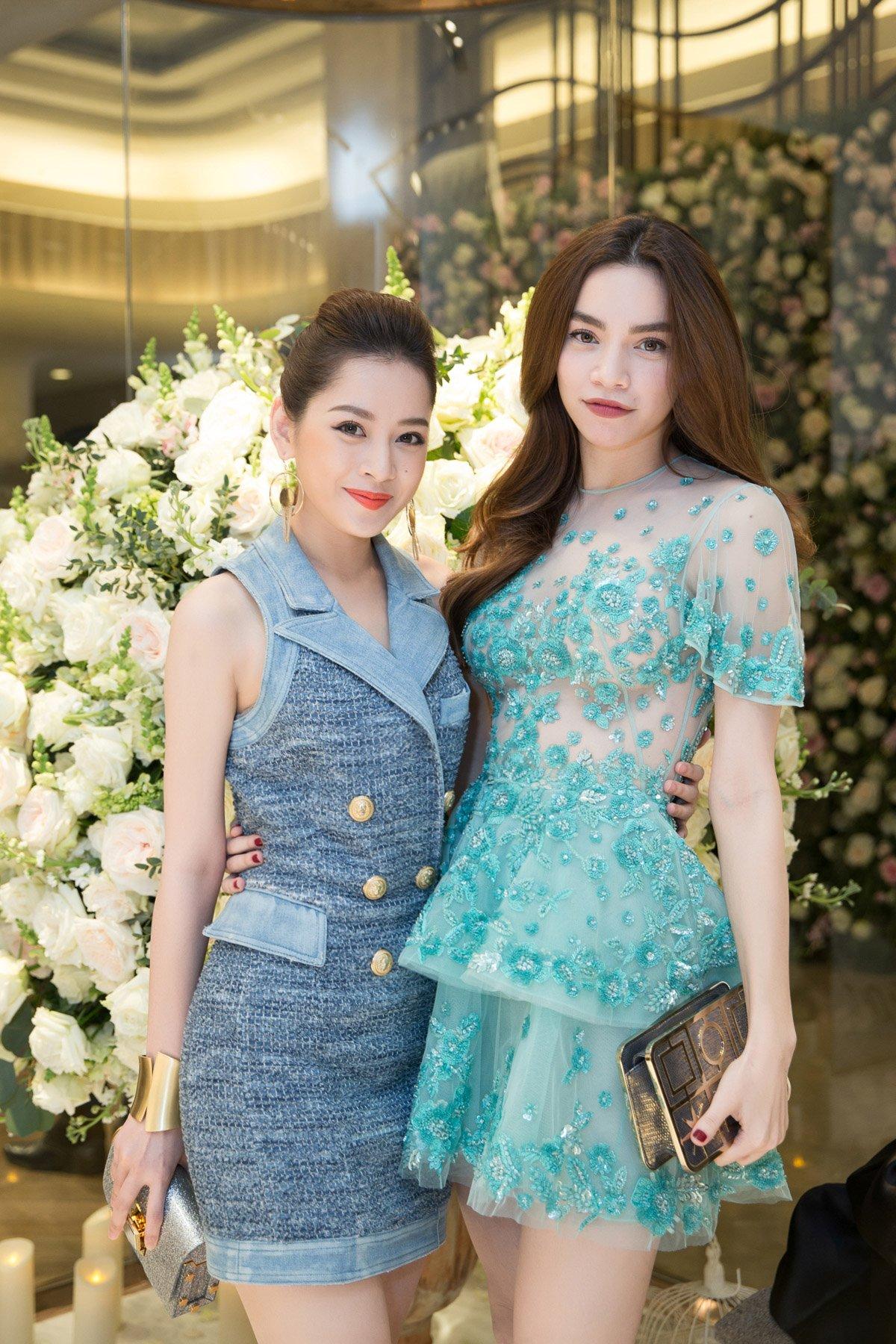 Hà Hồ, Chi Pu nổi bật dự sự kiện thời trang của bố mẹ chồng Hà Tăng 4