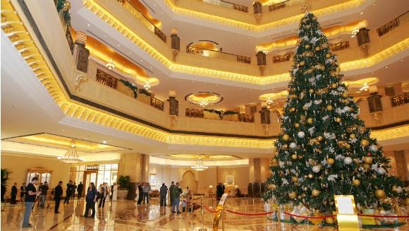 Chiêm ngưỡng cây thông Noel đắt giá nhất thế giới 2