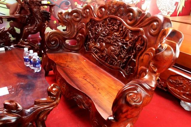 """Phản gỗ bạc tỷ, bộ bàn ghế trăm triệu """"hút hồn"""" đại gia Sài thành 5"""