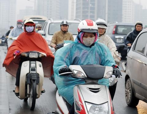 Không khí lạnh mạnh gây mưa, Hà Nội rét xuống 14 độ C 1