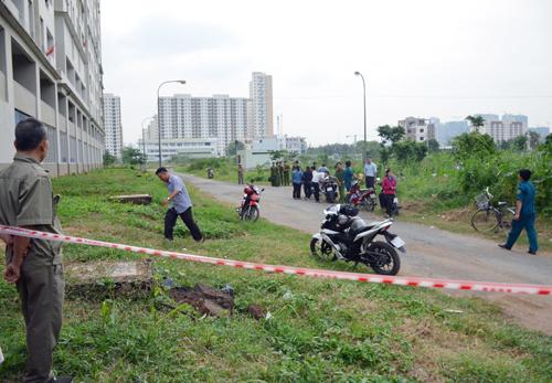 Con 1 tuổi cùng cha rơi từ tầng 14 chung cư ở Sài Gòn 1