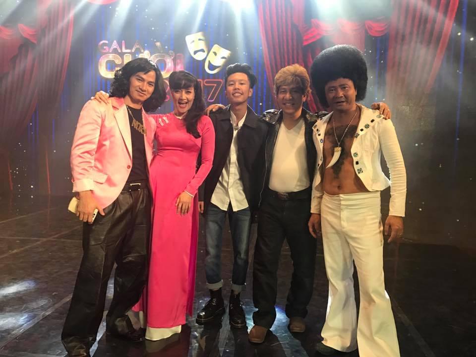 Vân Dung lộ hỉnh ảnh con trai trong hậu trường Gala Cười 2017 1