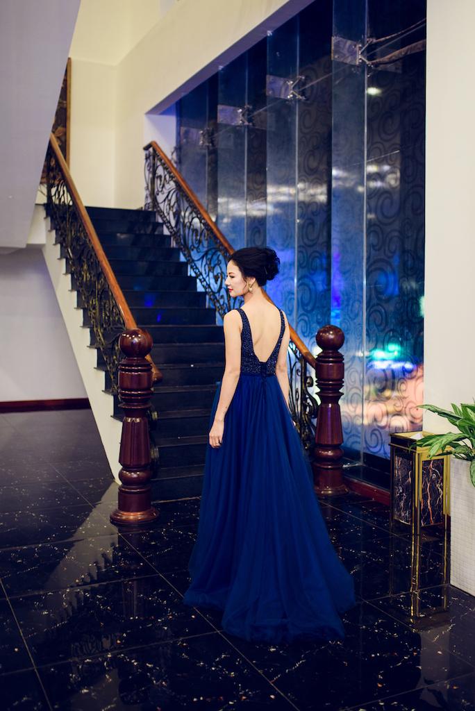 Ngắm nhan sắc vạn người mê của Hoa hậu Trần Thị Quỳnh tại sự kiện 5