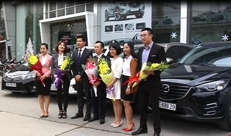 Đại gia địa ốc Hà Nội thưởng Tết nhân viên 8 ô tô trị giá hơn 8 tỷ 1