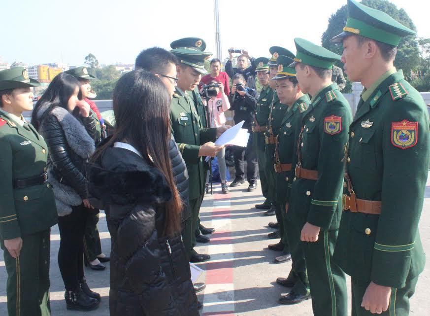 Cô gái bị bán sang Trung Quốc lên mạng xã hội cầu cứu 1