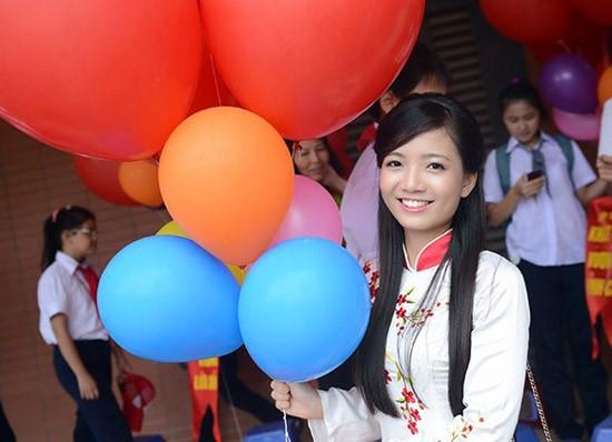 Những cô giáo xinh đẹp, tài năng gây sốt cộng đồng mạng 2016 8