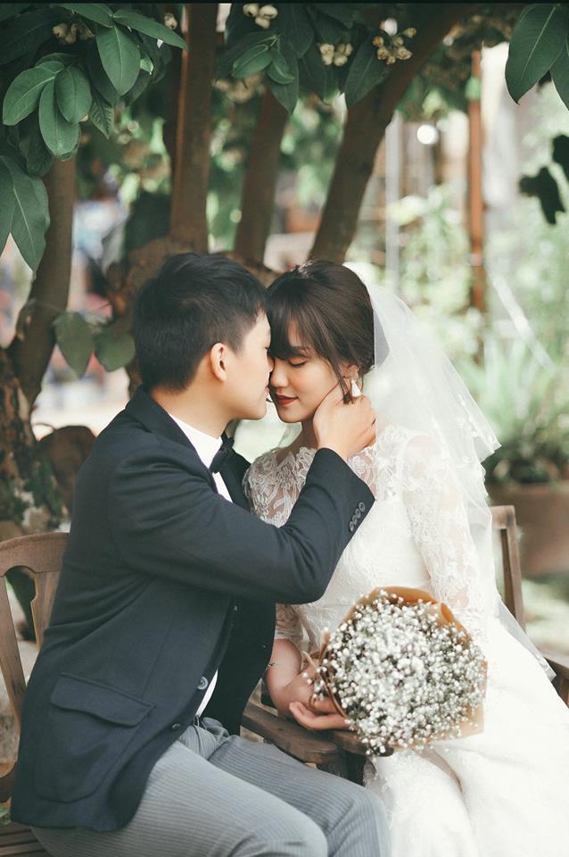 Ảnh cưới giản dị của MC