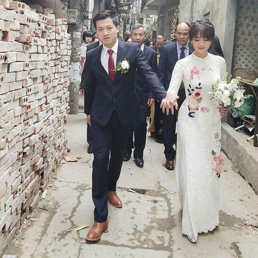 Nhan sắc vợ 9X xinh như hot girl của MC Trần Ngọc 2