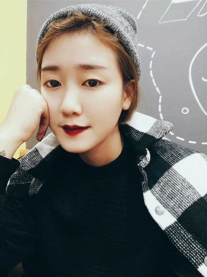 Nhan sắc vợ 9X xinh như hot girl của MC Trần Ngọc 4