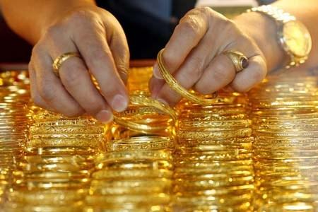 Giá vàng hôm nay 6/1/2017 trên đà tăng giá 1