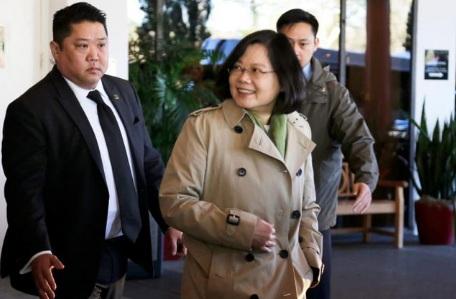 Báo Trung Quốc dọa trả đũa Trump sau khi bà Thái quá cảnh ở Mỹ 1
