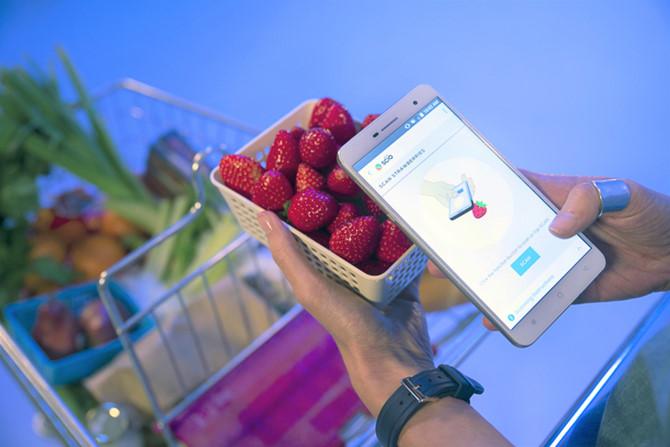 Hình ảnh Kiểm tra thực phẩm bẩn trong vài nốt nhạc với chiếc smartphone này số 1