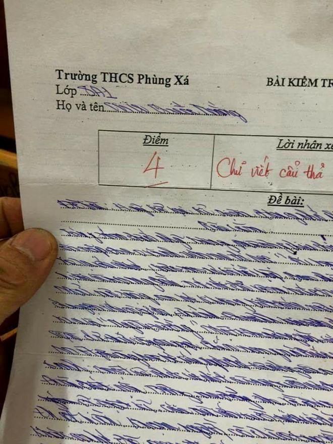 Hình ảnh Bài văn có chữ xấu lạ của học sinh lớp 8 gây sốt số 1