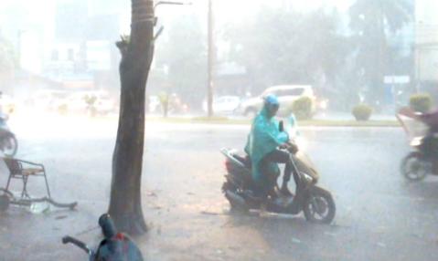 Hình ảnh 6 lưu ý bảo quản thiết bị điện tử những ngày mưa gió số 2