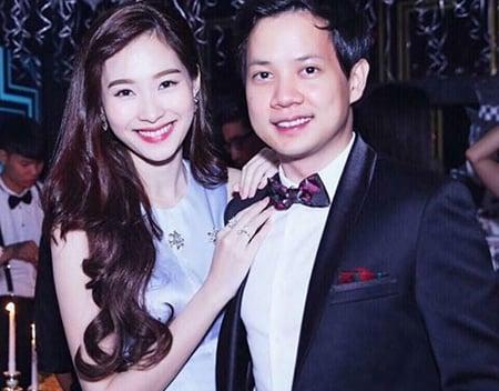 Hình ảnh Hoa hậu Đặng Thu Thảo khóc nức nở bên bạn trai đại gia số 1