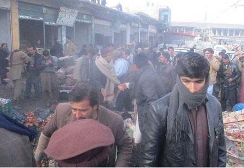 Đánh bom rung chuyển Pakistan, hàng chục người thiệt mạng 2