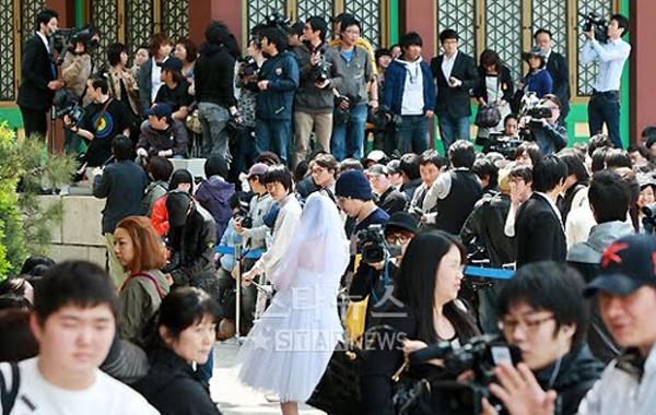 Đọ độ giàu và chịu chơi của Bae Yong Joon và Jang Dong Gun 7