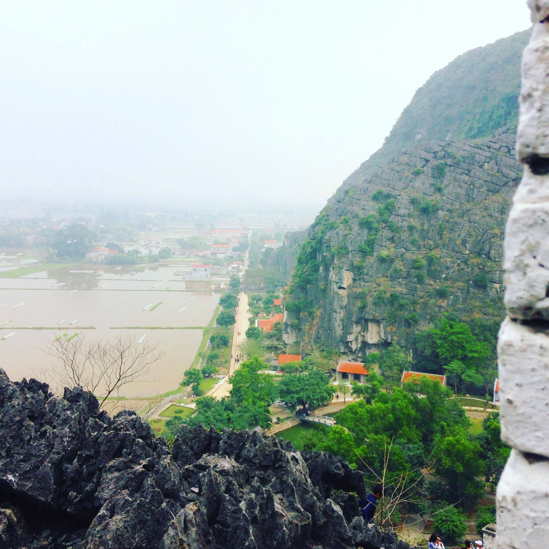 Hình ảnh Du xuân: Về đất cố đô khám phá vẻ đẹp của Hang Múa số 11
