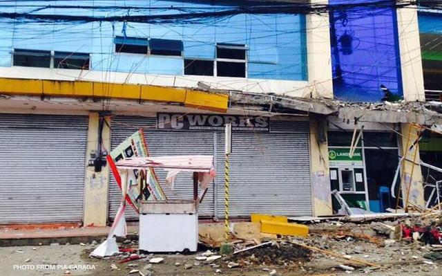 Động đất ở Philippines: 4 người chết, hàng trăm người bị thương 1