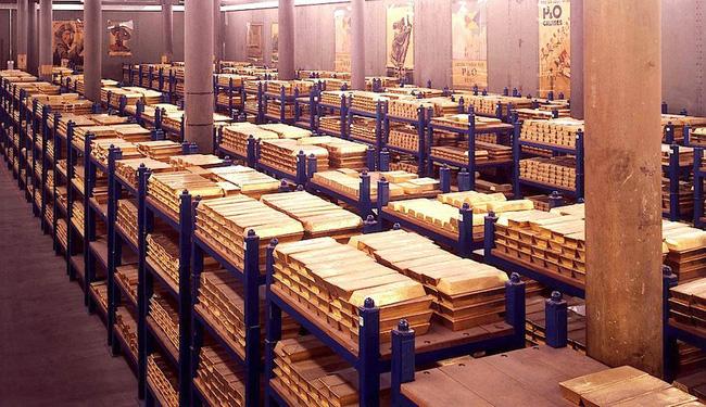 Hình ảnh Đức chuyển hơn 640 tấn vàng dự trữ từ nước ngoài về nước số 1